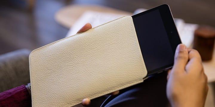 iPad Mini suojakotelo - Luonnonvalkoinen - Pintanahka