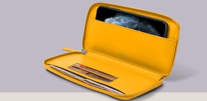Vetoketjullinen iPhone 11 -lompakkokotelo - Auringonkeltainen - Sileä nahka